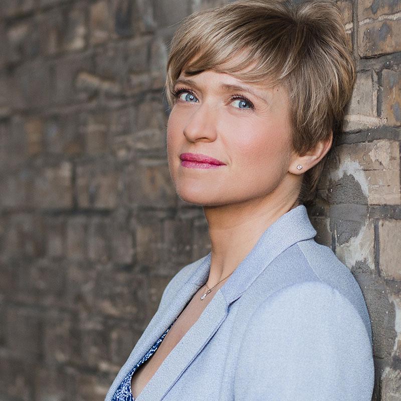 Marianna Evenstein Moderatorin DW